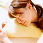 女性睡姿feng